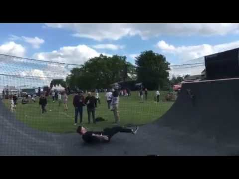 Old man skateboard fail