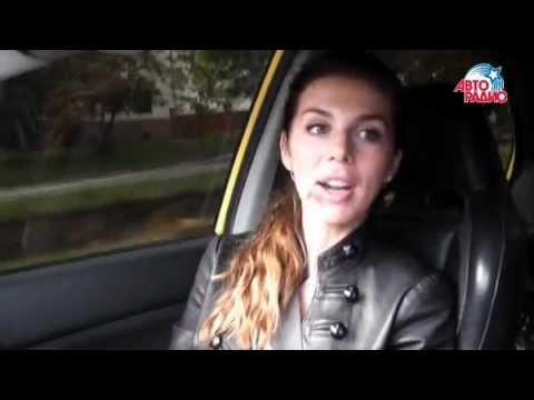 Экс-виагра Анна Седакова показала свой автомобиль