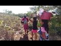 Camino al rio a disfrutar un dia de campo. Cortando mangos tiernos. Parte 1/7
