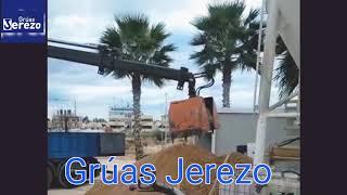 Grúas Jerezo, servicios de grúa para encofrado y hormigonado.