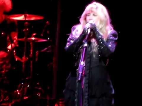 Stevie Nicks - Sorcerer/Moonlight (FULL SONGS) 05-26-2011 @ Wiltern