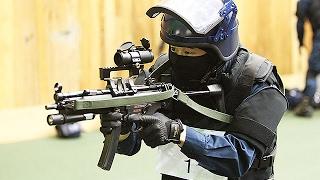 警視庁、射撃競技大会開催=機動隊対抗、早撃ちなど7種目で腕前披露