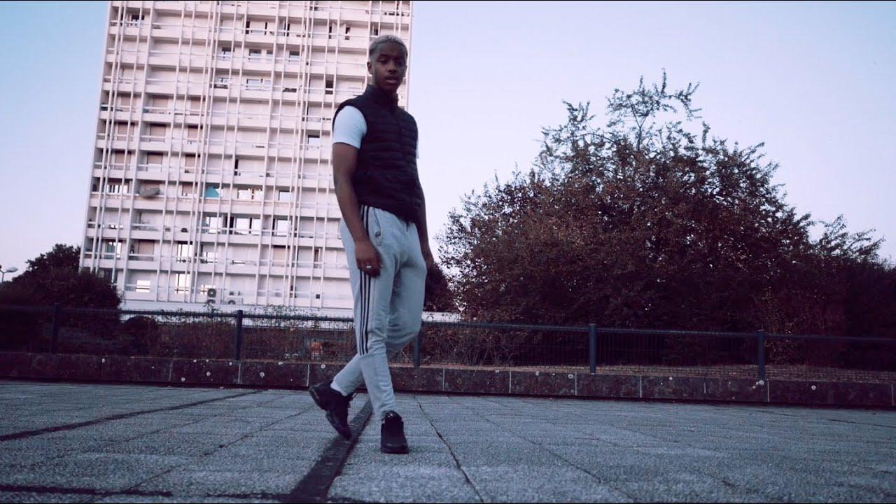 Download Béna - Bateau (clip officiel)