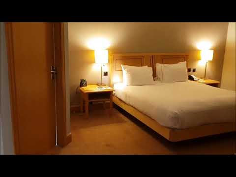 doubletree-by-hilton-hotel-swindon---uk---hotel-and-room-tour-2018