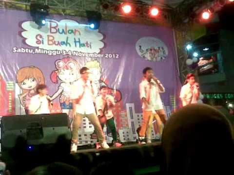 Super Seven - Sahabat (Best Friend Forever) CIWALK BDG - 3 Nov 2012