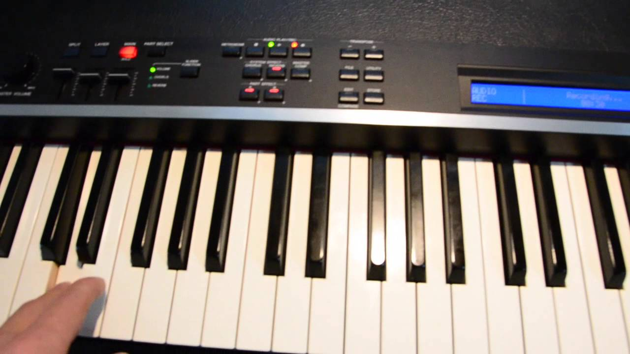 Cp4 overtones youtube for Yamaha cp4 weight
