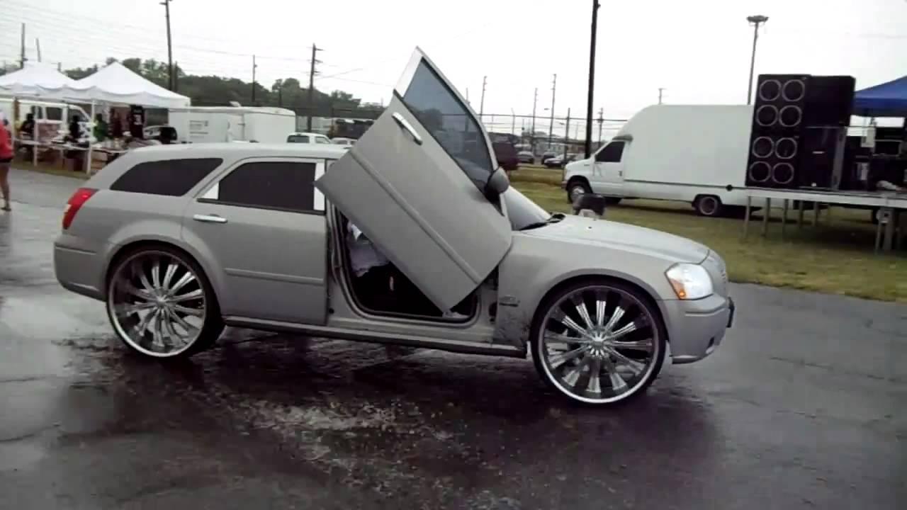 Cadillac Deville On 28 S Dodge Magnum On 28 S Challenger