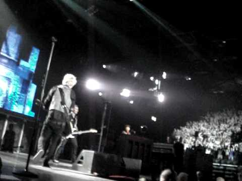 East Jesus Nowhere - Green Day live at LG Arena Birmingham 28/10/2009