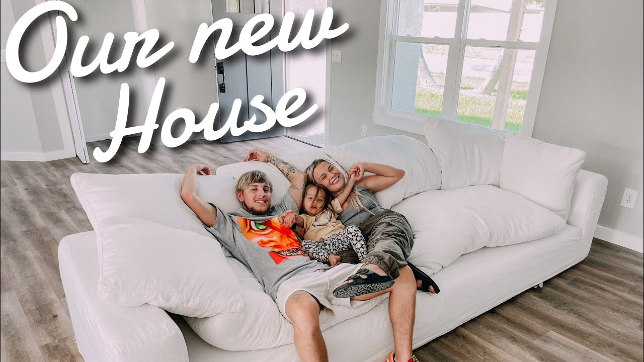 Sneak Peak Of OUR NEW HOUSE!