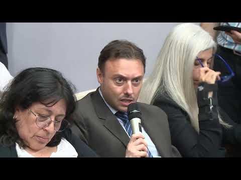 Conferencia De Prensa Del Ministro Hernán Lacunza