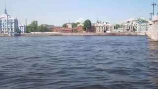 Проверяем качество воды в Неве...Sankt-Peterburg Russia(, 2013-08-22T05:35:24.000Z)