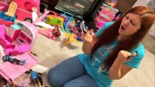 SHE CAUGHT HER HUSBAND PLAYING BARBIES AND WWE TOYS!