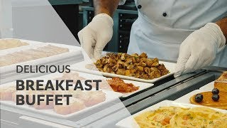 Delicious breakfast buffet options I Pan-frying in the RATIONAL SelfCookingCenter