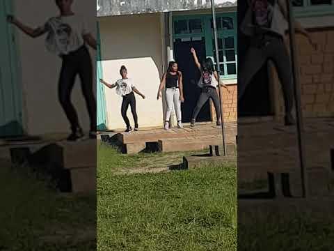Dance Mada Lycée en fête Brickaville