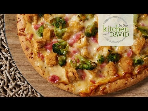 How to Make Chicken Cordon Bleu Pizza
