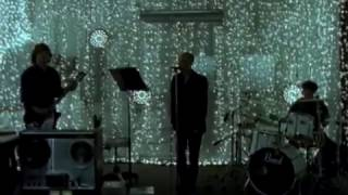 R.E.M. - E-Bow The Letter (Video)