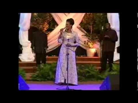 judith-christie-mcallister-oh-give-thanks-live-bigdaddysoul