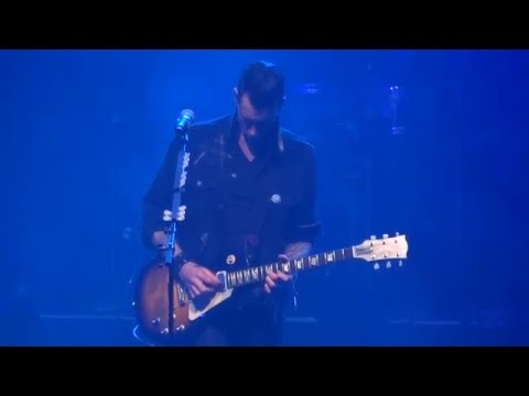 Theory of a Deadman - Tyler guitar solo - Santa Monica live - Manchester 2016