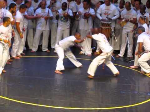 Jogos Mundiais ABADÁ-Capoeira - 2013 são bento grande, professores