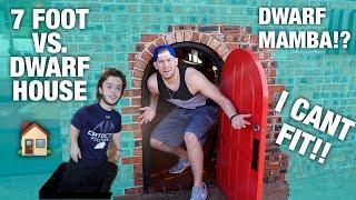 GIANT VISITS DWARF MAMBAS HOUSE! *I get stuck*