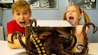 WHAT IN THE BOX CHALLENGES - CHALLENGE FOR CHILDREN - WE ARE AFRAID - PRANK CHALLENGE FOR CHILDREN