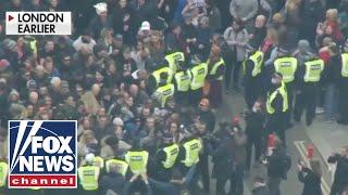 Anti-lockdown protest erupts in London