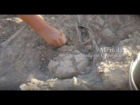 Arqueologia em Construção