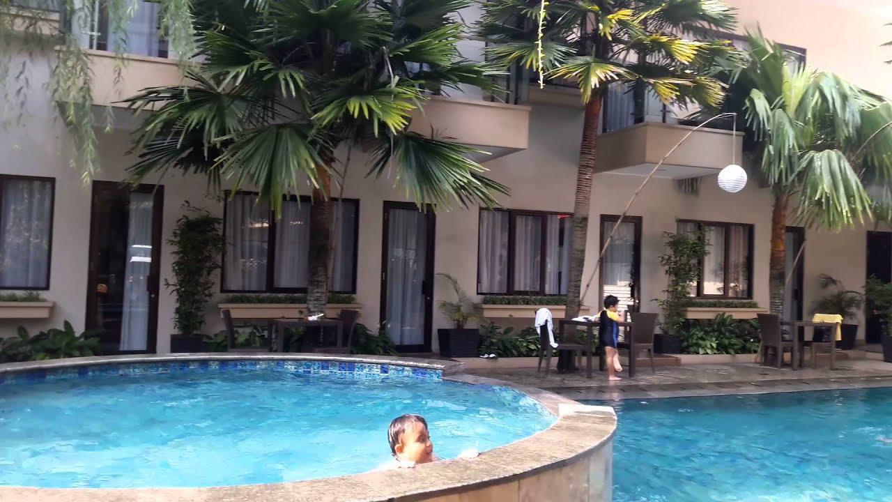 Anugrah Hotel Berenang Di Hotel Sukabumi Youtube