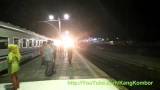Kereta Api Senja Utama Solo Masuk Stasiun Purwokerto Diiringi Lagu Sungai Serayu Yang Syahdu