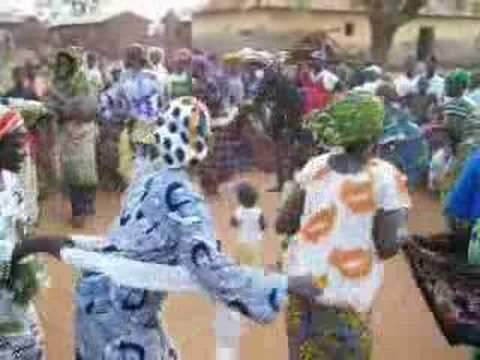 Circle dance from central Togo