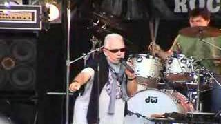 Eric Burdon: Baby Let Me Follow You Down (Live, Meriden, CT)