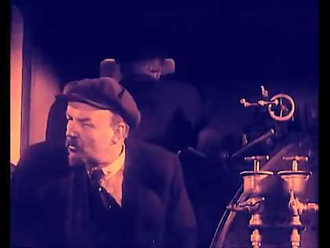 Дедушка Ленин на паровозике