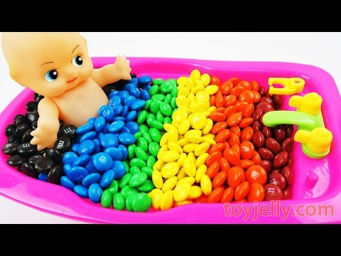 Baby Doll M&M's Chocolate Bath Time Surprise Bathtub Learn Colors Play Doh Cooking Microwave Oven
