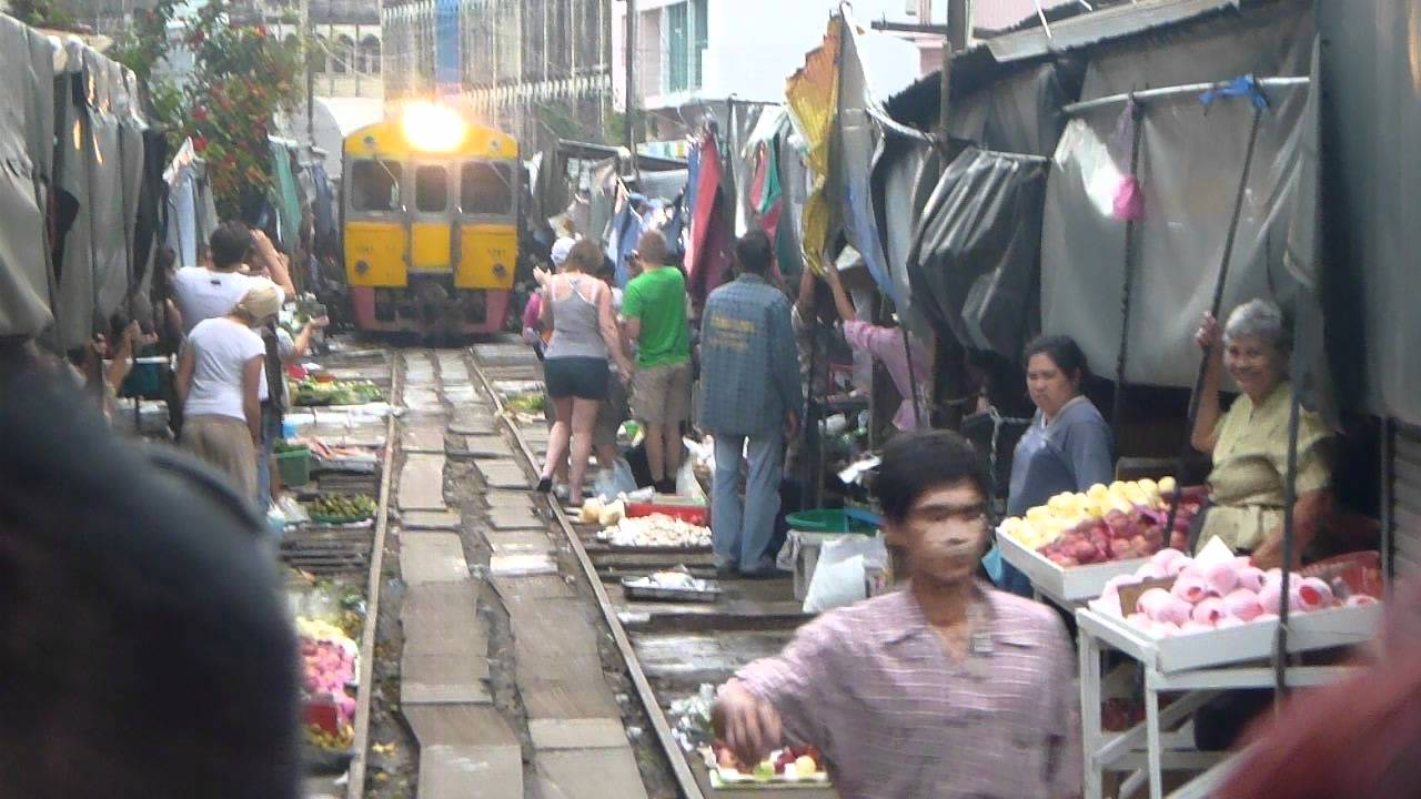 Mercado Del Tren Bangkok Tailandia Youtube