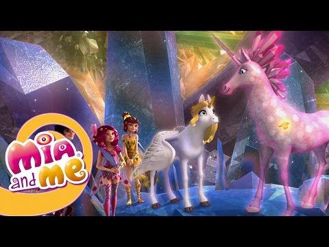 The Crystal Unicorn - Mia and me