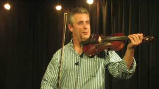 Violin Basics : How to Hold the Violin