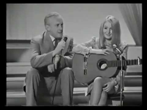 Mary Hopkin ''Turn Turn Turn'' Opportunity Knocks July 1968