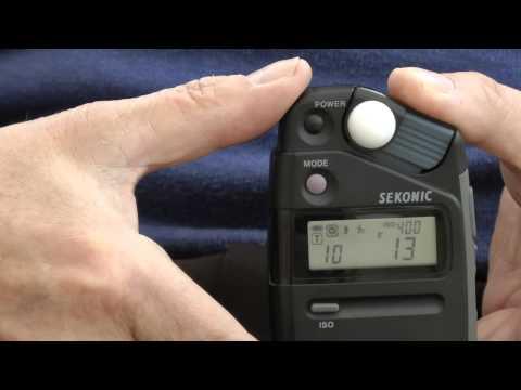 Using the Sekonic L308S incident/flash lightmeter
