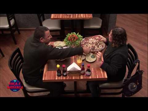 Participante Do Faça E Disfarça Faz Discurso Apaixonado Em Restaurante