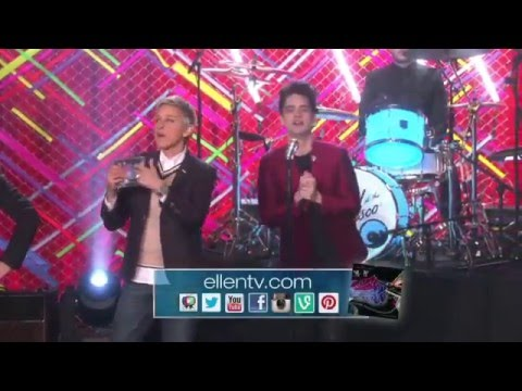 Panic! on Ellen (Ending) His energy is so contagious! I couldn't stop laughing!