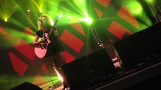 """All In My Head"" Mash Up by Tori Kelly - Wireless Festival 2014"