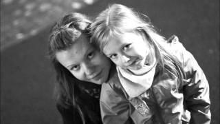 Фотографии пассажиров рейса 9268   ШармЭльШейх-Санкт-Петербург(Выражаю глубочайшие соболезнования родным и знакомым... Монтировал видео со слезами на глазах. Царствия..., 2015-11-01T22:06:53.000Z)