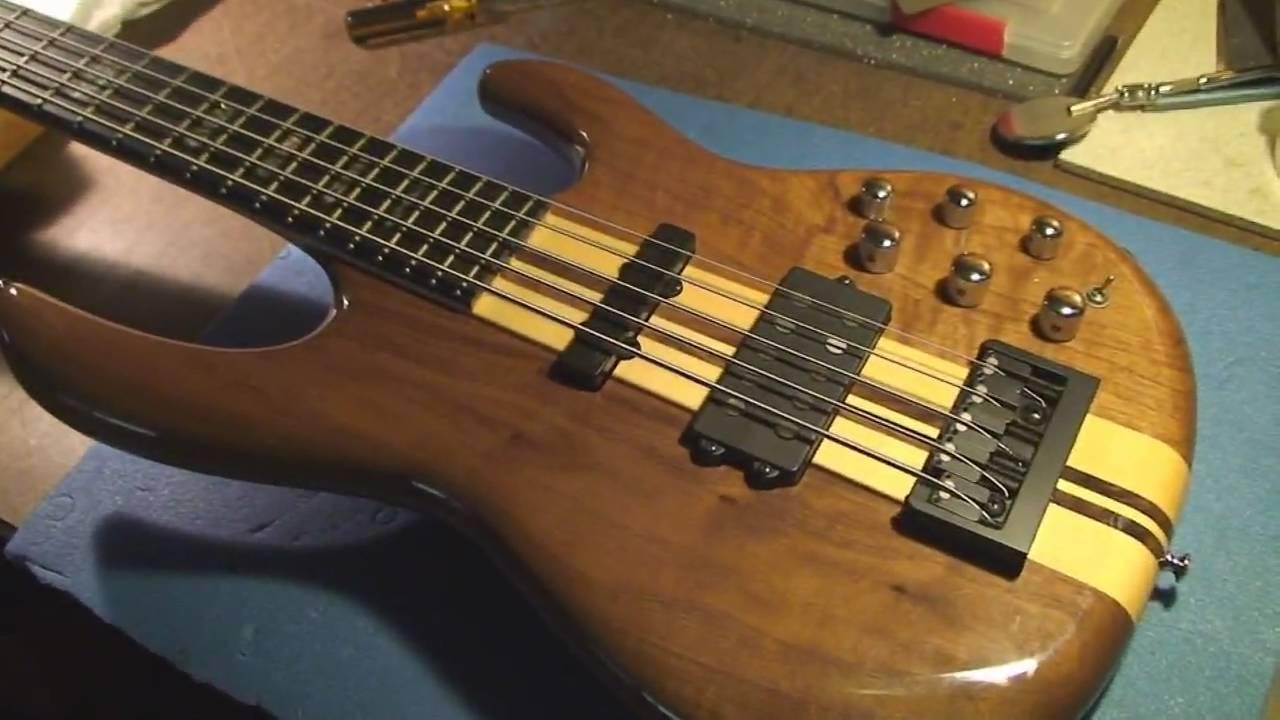 carvin lbx 75 bass guitar repair with joke youtube. Black Bedroom Furniture Sets. Home Design Ideas