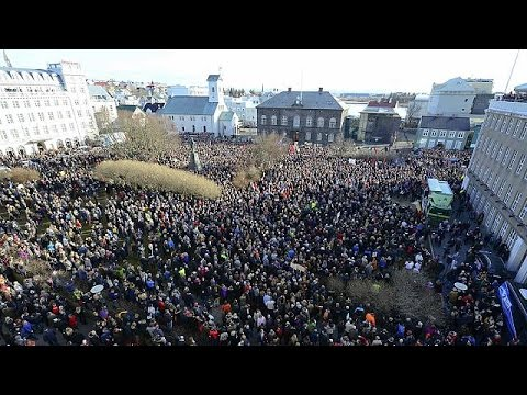 Iceland: thousands protest, call for PM to resign over 'Panama Papers' leaks