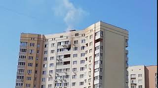В Солнечном на тушение квартиры на 18-м этаже выезжали 20 пожарных
