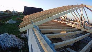 видео Двухскатная крыша своими руками пошагово: как правильно сделать стропильную систему по снипу