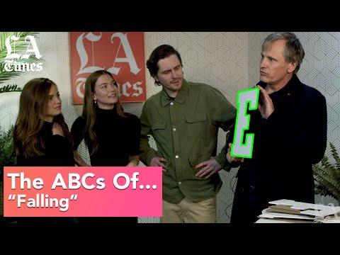Viggo Mortensen Gets A Little Help From His Cast With The ABCs   Sundance Film Festival 2020