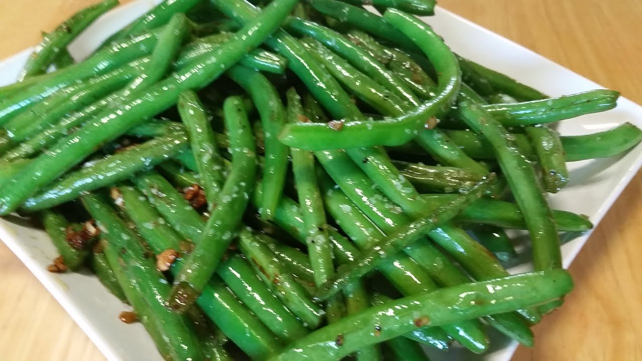 Garlic And Olive Oil Sauteed Green Beans-In The Kitchen With Sandy ...