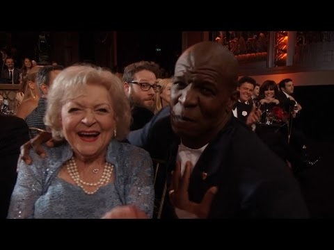 Terry Crews Lip Syncs The Golden Girls Theme Song to Betty White