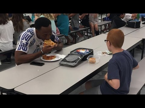 FSU football star shares special lunch with middle schooler